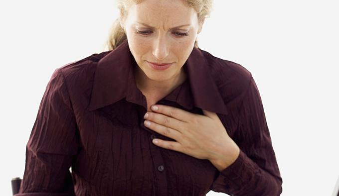 Ficar sentada aumenta risco de problema no coração