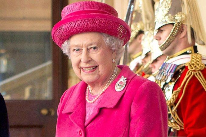 bolsa rainha elizabeth