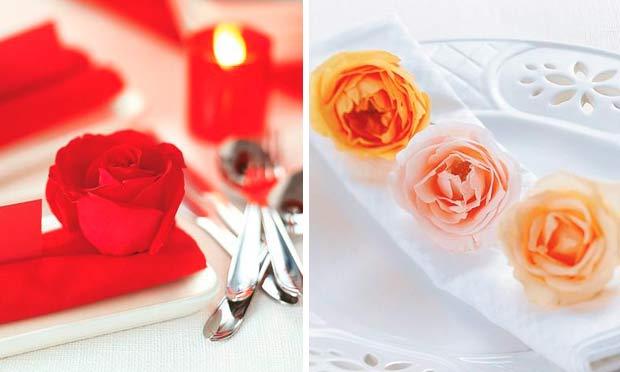 Rosa vermelha e rosas enfeitando o guardanapo