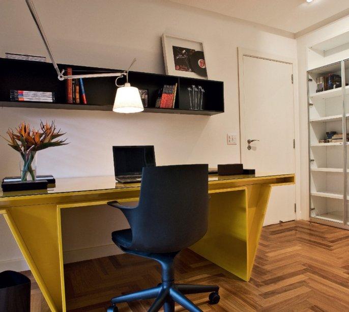 Luz objetiva no escritório