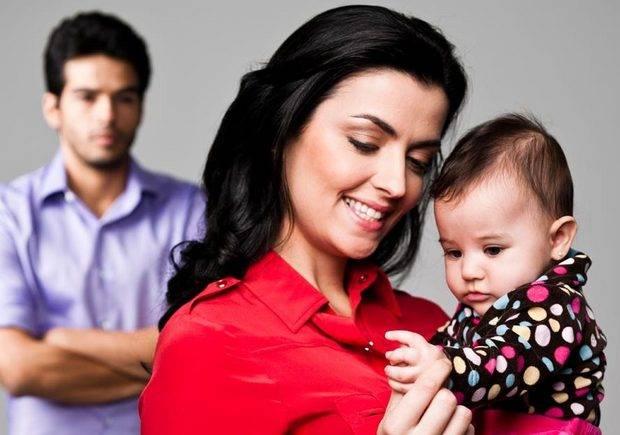 Seu marido tem ciúmes de você com o bebê? | CLAUDIA