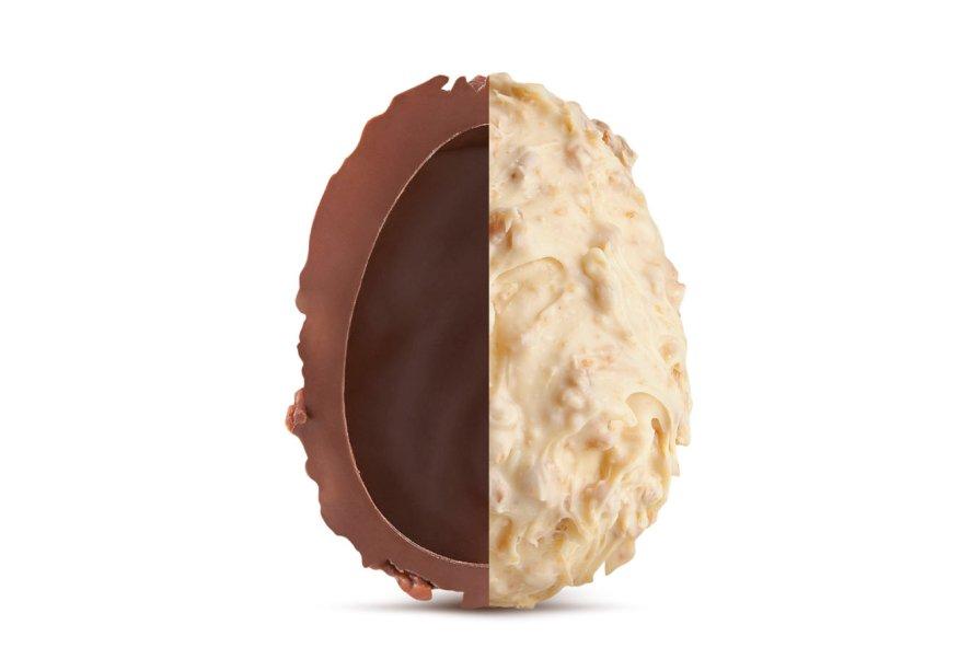 Ovo Crocante Meio a Meio (120g) de chocolate ao leite e branco com crocantes com bombons, Munik, R$ 18,50*