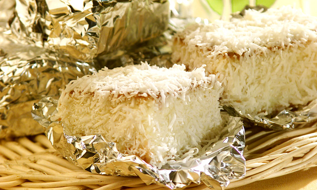 Bolo de coco gelado: esses pacotinhos dão água na boca!