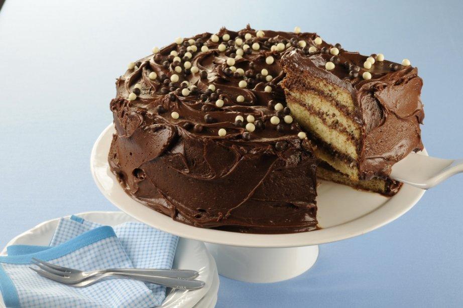 Bolo gelado de mousse de chocolate: você nunca provou nada igual!