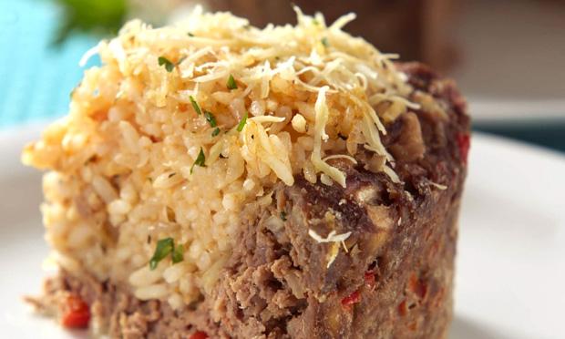 Torta de arroz e carne