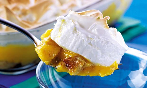 Torta de banana com baba-de-moça