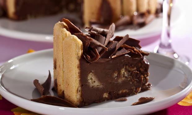 Torta de chocolate e nutella (charlote)