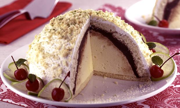 Torta gelada de limão e chocolate (zucotto)