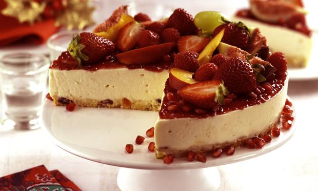 Torta gelada de panetone e frutas secas
