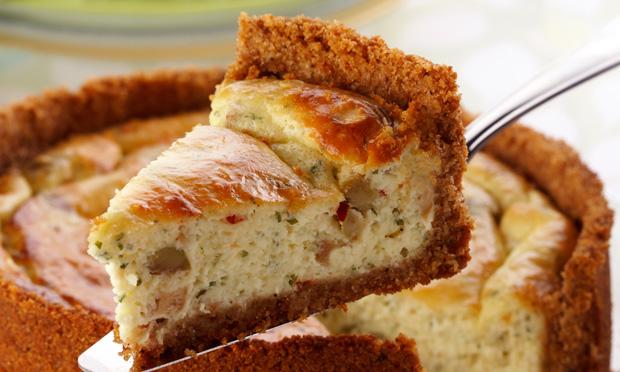 Torta de queijo branco e farinha de rosca