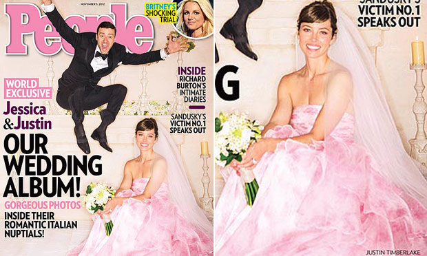 Vestido de noiva rosa Jessica Biel