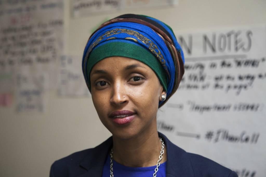 ilhan-omar-primeira-muçulmana-somali-deputada-nos-estados-unidos