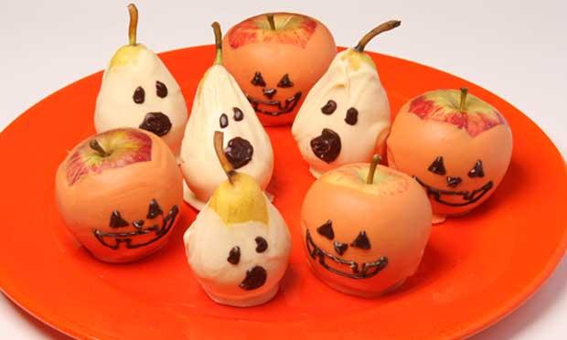 Fantasmas e abóboras de frutas