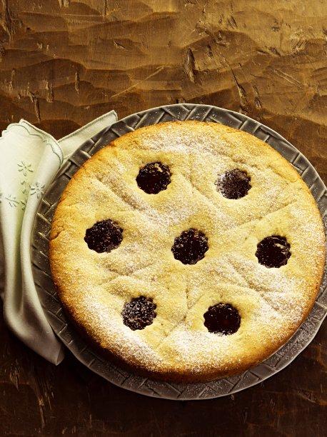 Torta de castanha-do-pará e geleia de morango: uma combinação muito boa!