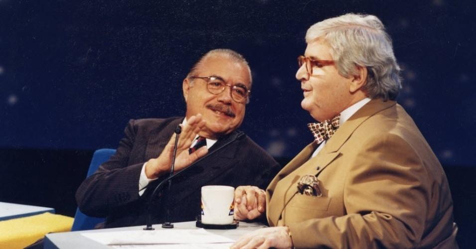 7dez1993-o-ex-presidente-jose-sarney-e-entrevistado-por-jo-soares-no-programa-do-jo-do-canal-sbt-em-sao-paulo-1375456952809_956x500