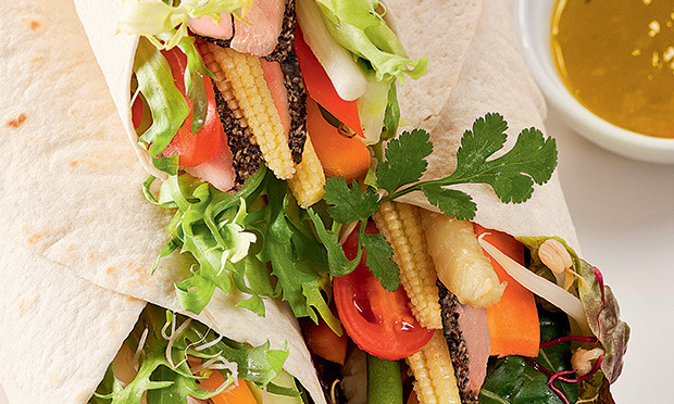 receita-boaforma-wrap-rosbife-vegetais
