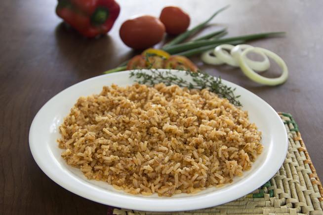 mahmume-arroz-com-trigo-e-molho-de-tomate