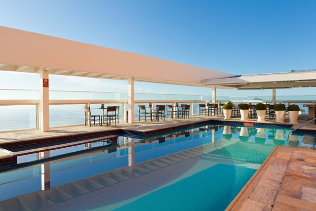 piscina do Hotel Othon