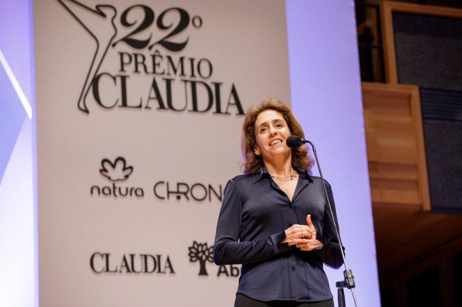A geneticista Lygia da Veiga Pereira anunciou a vencedora da categoria Ciências