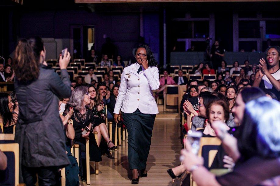 Denice Santiago fica emocionada ao saber que venceu na categoria Políticas Públicas