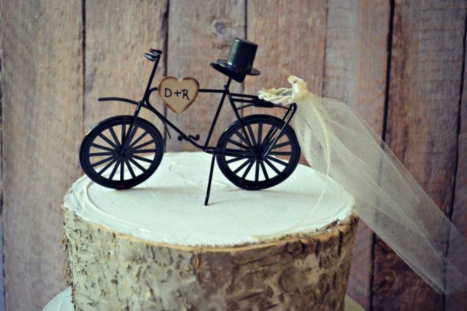 Topo de bolo diferente para casamento