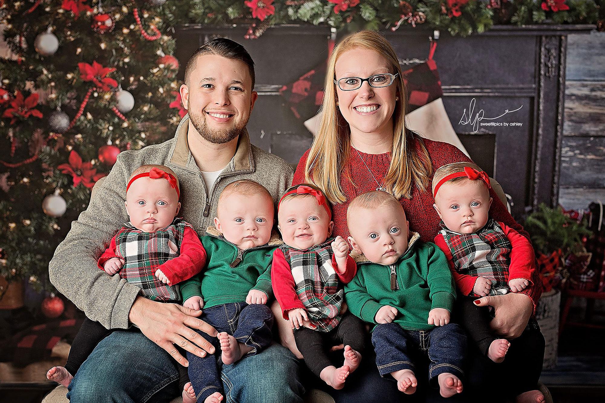 As fotos de Natal desses gêmeos vão alegrar seu dia | CLAUDIA