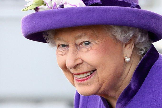 rainha-elizabeth-vaga de emprego
