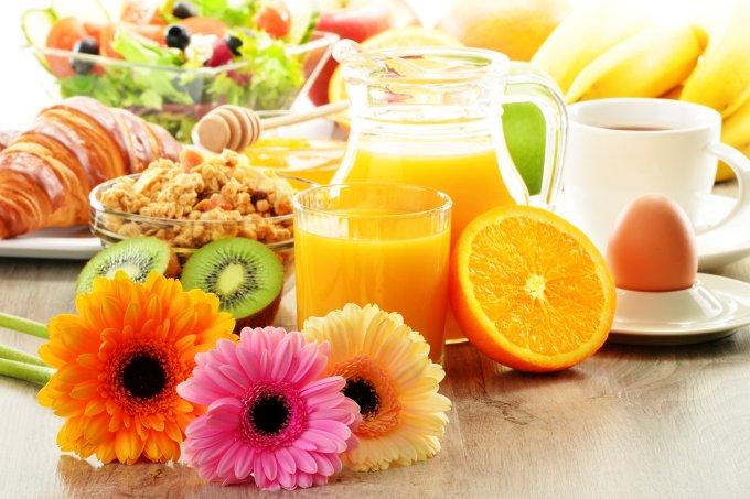 Café da manhã é importante para a reeducação alimentar