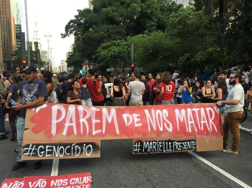 Protesto na avenida Paulista contra a morte de Marielle e Anderson