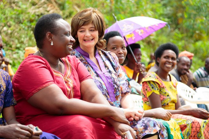 Photo-1-ITW-Cherie-Blair