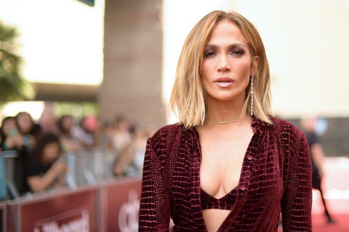 Jennifer Lopez – Red Carpet