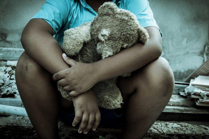 violência contra criança