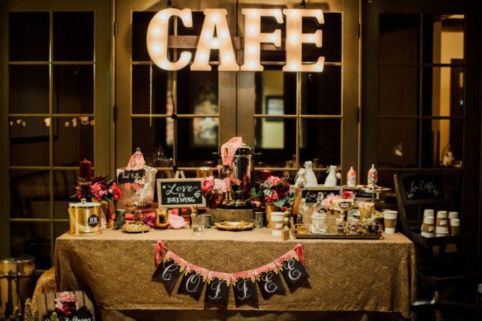 Mesa de café em casamento