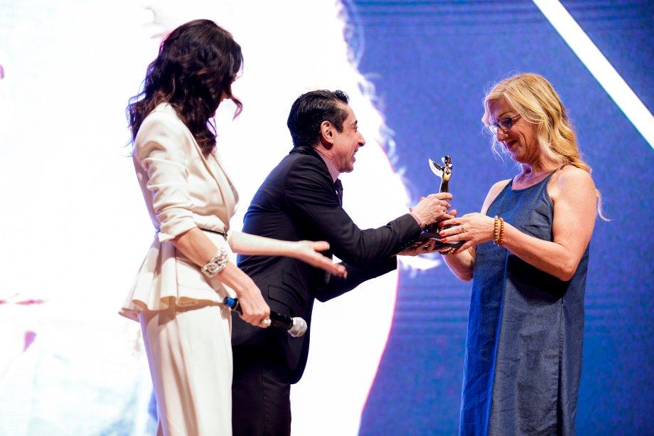 A cartunista Laerte recebeu o prêmio em nome de João W. Nery. Ele foi o vencedor da categoria Eles por Elas.