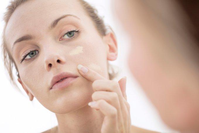 maquiagem—beleza—mulher