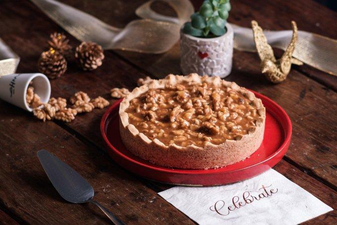 Torta de Caramelo Salgado com Nozes