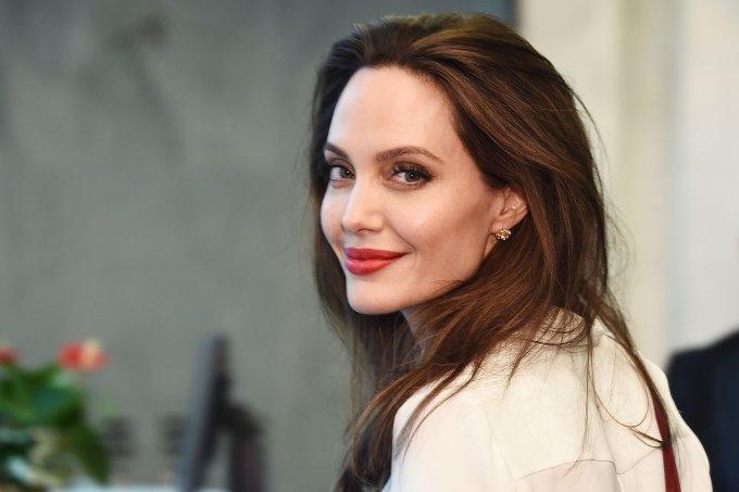 Angelina-Jolie-estreia
