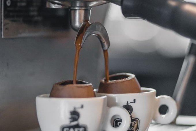 cafe-espresso-ovo-pascoa-0419-1400×2000