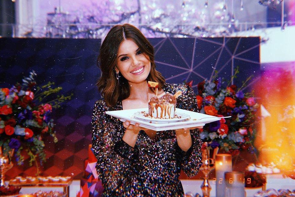 Festa de Camila Queiroz e Klebber Toledo