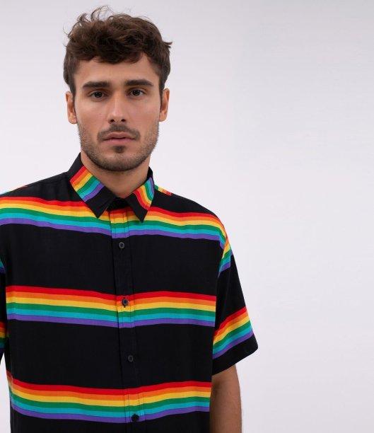 Camisa em viscose com listras arco-íris, Renner - R$ 119,90
