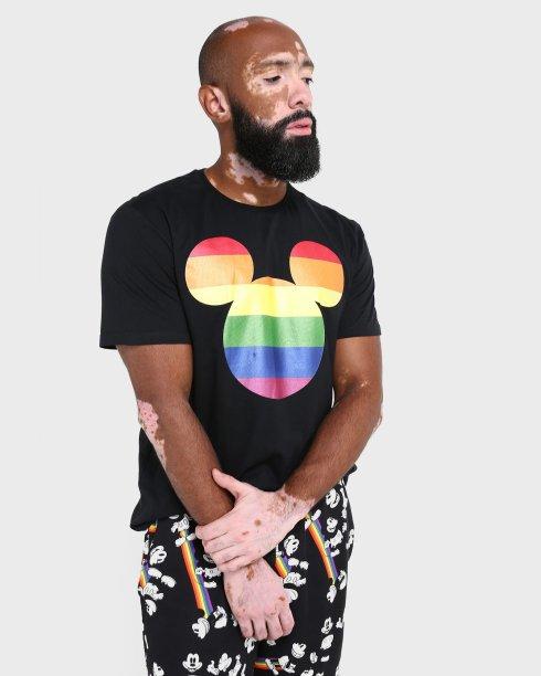 Camiseta Malha Mickey Disney Coleção Pride, Riachuelo - R$ 49,90