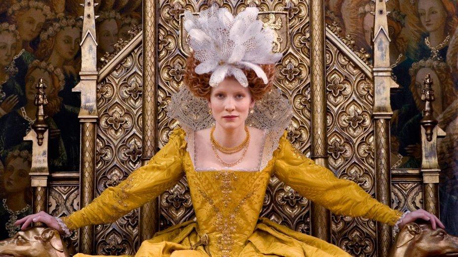"""<strong>Elizabeth: A Era de Ouro (estreia em 01/07): <span style=""""font-weight:400;"""">A Rainha Elizabeth se protege contra invasões e traições enquanto sonha com o amor do aventureiro Sir Walter Raleigh.</span></strong>"""