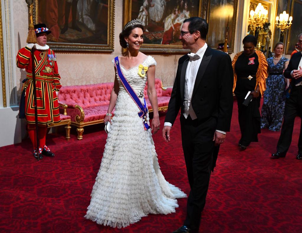Kate Middleton ao lado de Steven Mnuchin