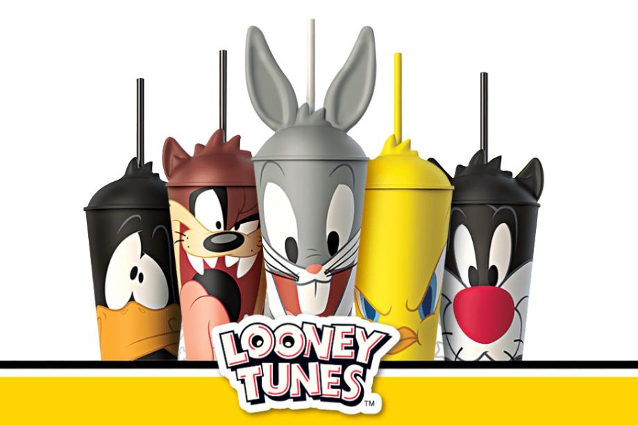 Copos Looney Tunes no Giraffas