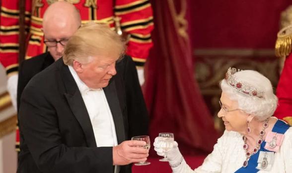 Donald Trump e Rainha Elizabeth
