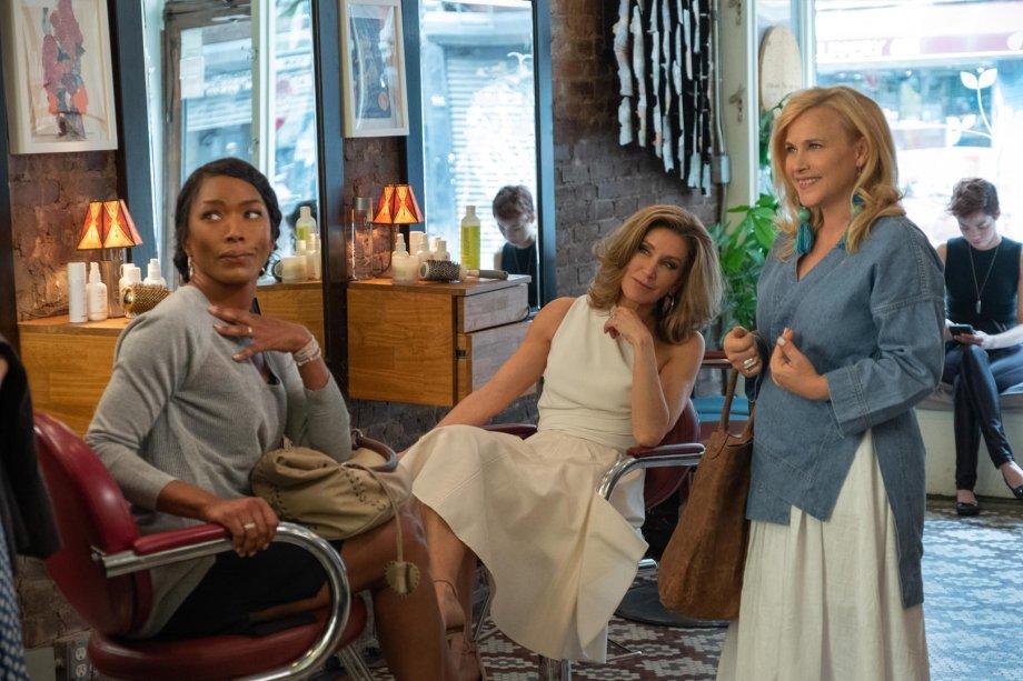 """<strong>Mãe e muito mais (estreia em 02/08):</strong><span style=""""font-weight:400;"""">Sentindo-se ignoradas no Dia das Mães, três amigas partem para Nova York a fim de surpreender seus filhos adultos.</span>"""