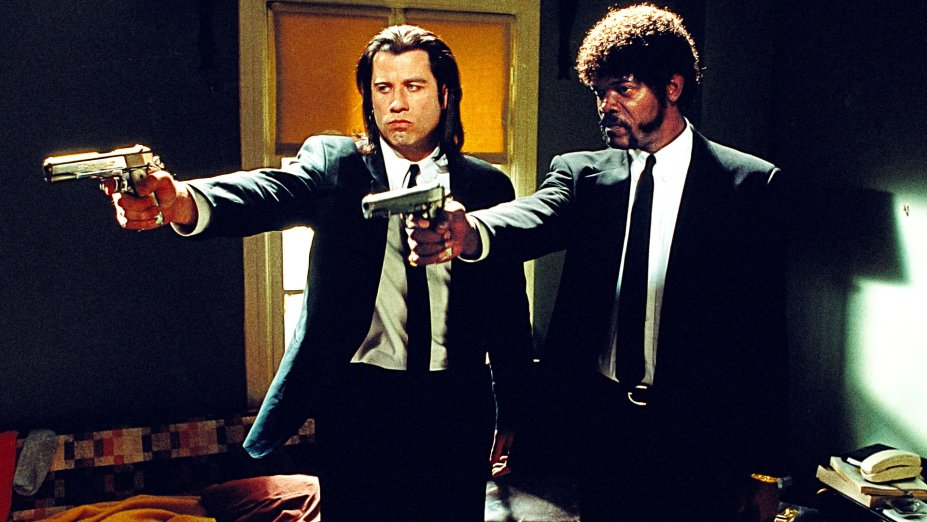 """<strong>Pulp Fiction - Tempo de violência (estreia em 01/08):</strong><span style=""""font-weight:400;"""">Este clássico da violência estilizada costura as histórias de um assassino apreciador de hambúrgueres, seu parceiro filosófico e um pugilista fracassado.</span>"""