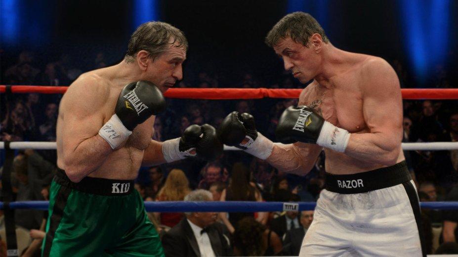 <strong>Ajuste de Contas (estreia em 01/09): </strong>Décadas depois de se consagrarem nas telas como pugilistas, Sylvester Stallone e Robert De Niro interpretam dois boxeadores maduros de volta ao ringue para a última luta.