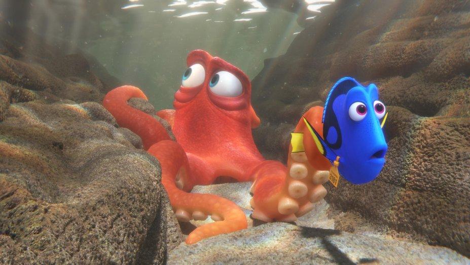 <strong>Procurando Dory (estreia em 01/09): </strong>Uma súbita lembrança faz a esquecida amiga de Nemo sair em busca do passado perdido e de sua família com a ajuda de novos e velhos amigos.