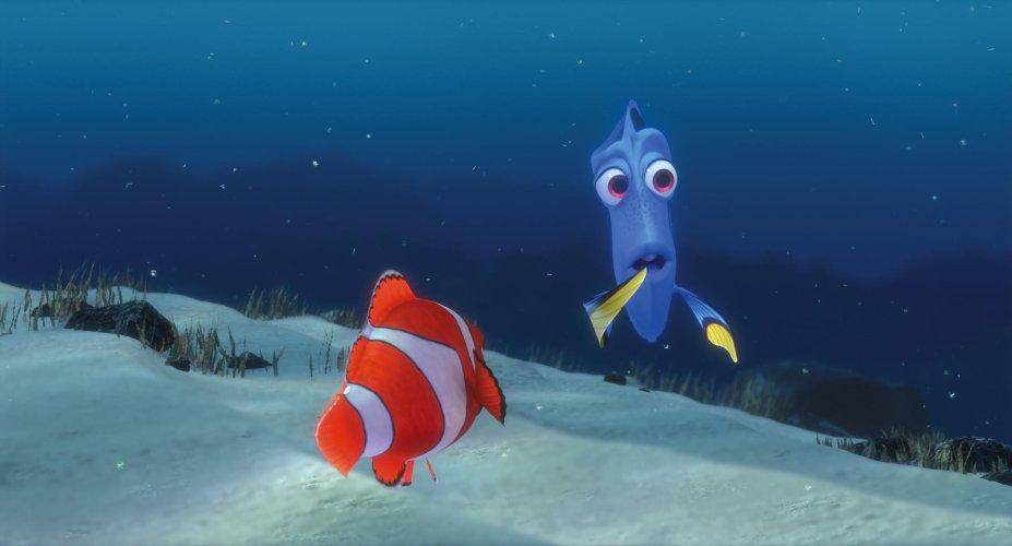 <strong>Procurando Nemo (estreia em 01/09): </strong>Nesta emocionante aventura, dois peixinhos, Marlin e Dory, procuram o filho desaparecido de Marlin, Nemo, por todo o mundo submarino.